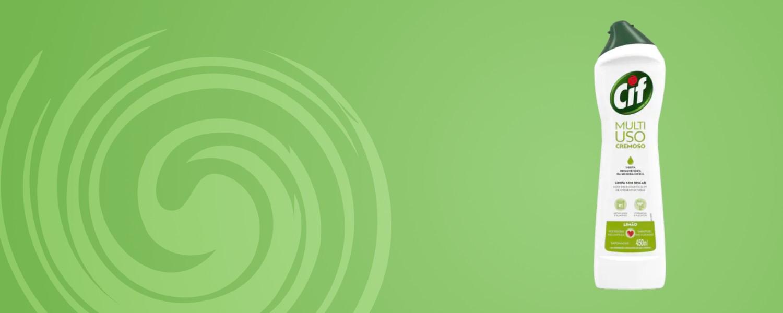 Agitação fundo verde com garrafa Cif